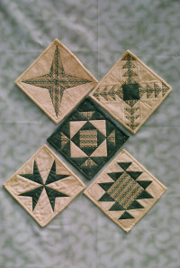 More Paper Pieced Quilt Blocks - Product Image